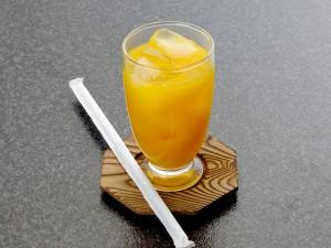 オレンジジュース 100円
